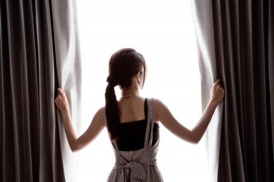 cortina blackout quarto escuro