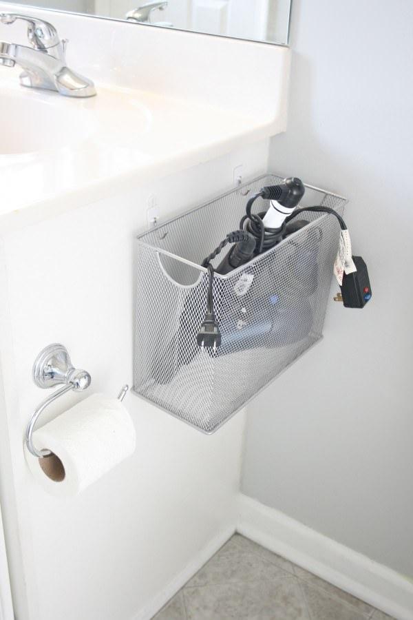 organizacao no banheiro secador