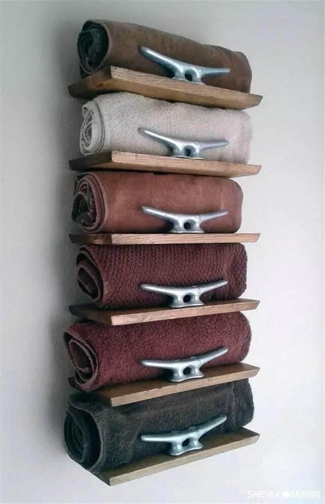 prateleiras para toalhas do banheiro