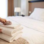 decoração cama de hotel